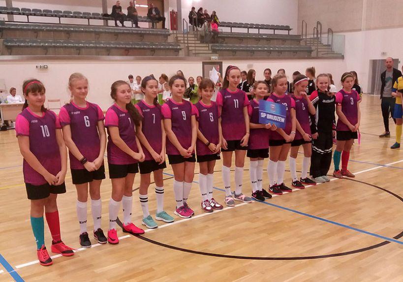 Unihokeistki z SP w Brudzewie zwyciężają w Finale Wielkopolski