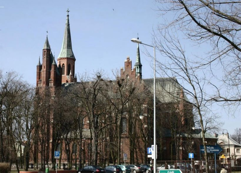 Przebudowa nadajnika na wieży kościoła pw. NSPJ w Turku - foto: zabytek.pl