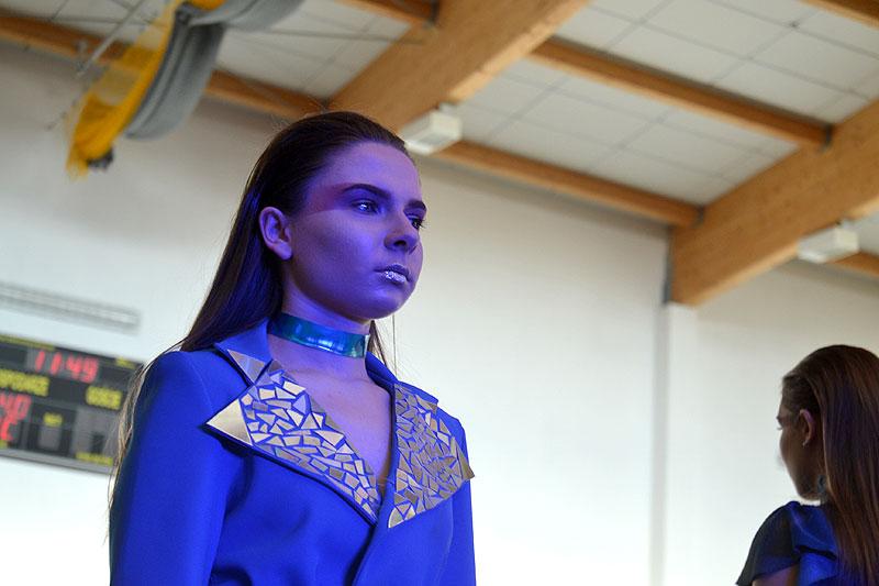 Kosmiczny pokaz mody czyli IV edycja ZST Fashion Show 2019 - foto: Michał Sidorowicz