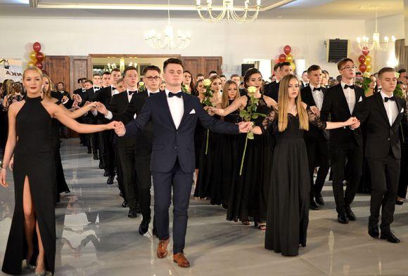 Wideo: Polonez młodzieży I LO zachwycił...