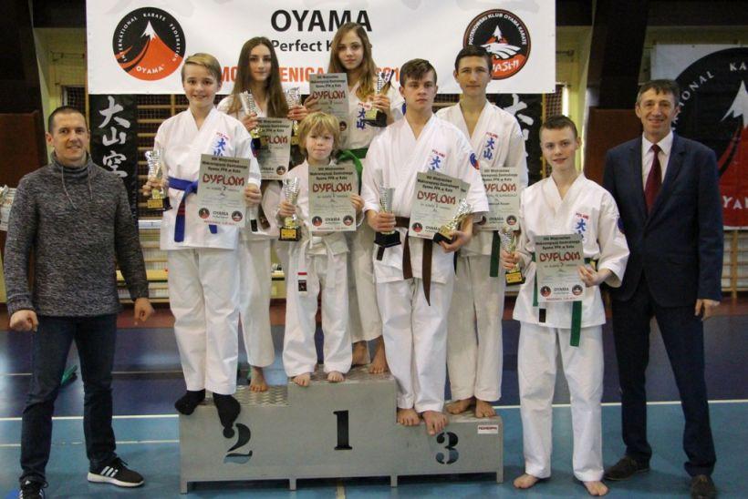 Zawodnicy Turkowskiego Klubu Karate osiem razy stawali na podium