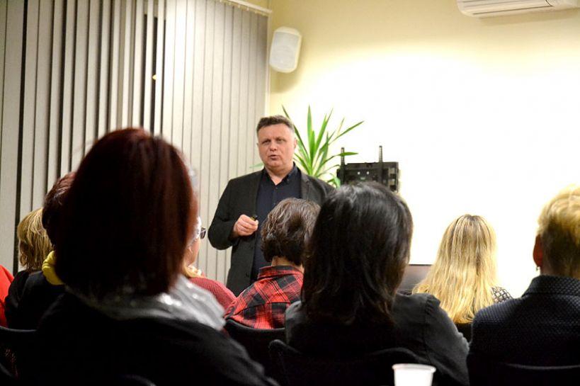 Wideo: O zdrowym odżywianiu i suplementacji na spotkaniu z dr. J Słoniem z UW - foto: M. Sidorowicz