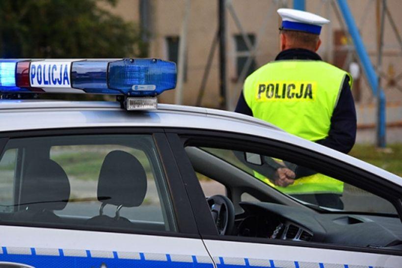 Śmiertelne potrącenie na DK 83 w miejscowości Linne. Prawdopodobny sprawca uciekł.