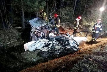 Wideo: Zderzenie trzech samochodów w...