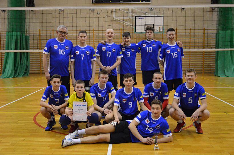 Zwycięstwo siatkarzy z SP 1 Turek. Pokonali drużyny z całego rejonu