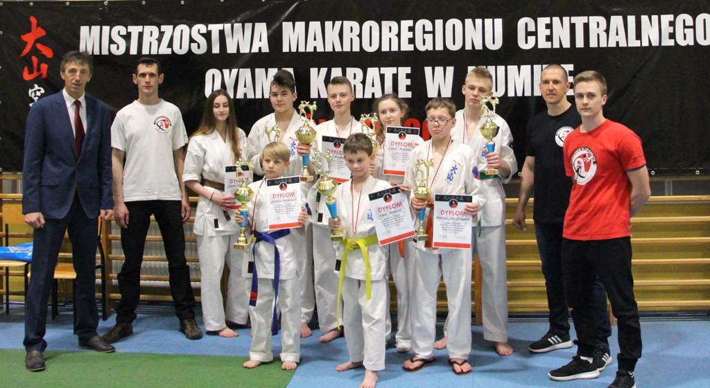 Sukces zawodników z Turkowskiego Klubu Karate na Mistrzostwach w Ślesinie