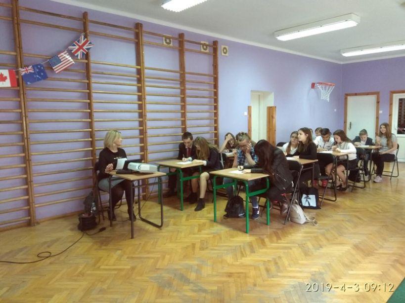 Wykazali się swoją wiedzą o krajach anglojęzycznych. Powiatowy konkurs w Słodkowie