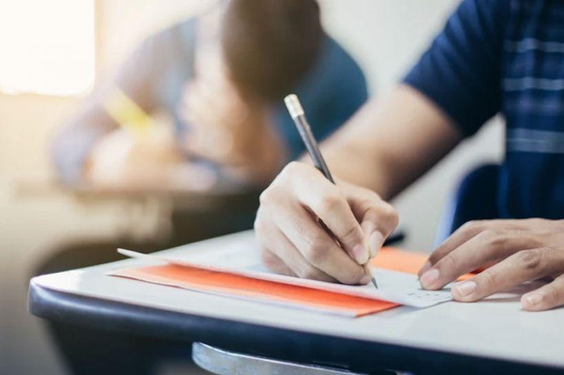 Egzaminy gimnazjalne bez zagrożeń. Do egzaminów przystąpiło 238 uczniów