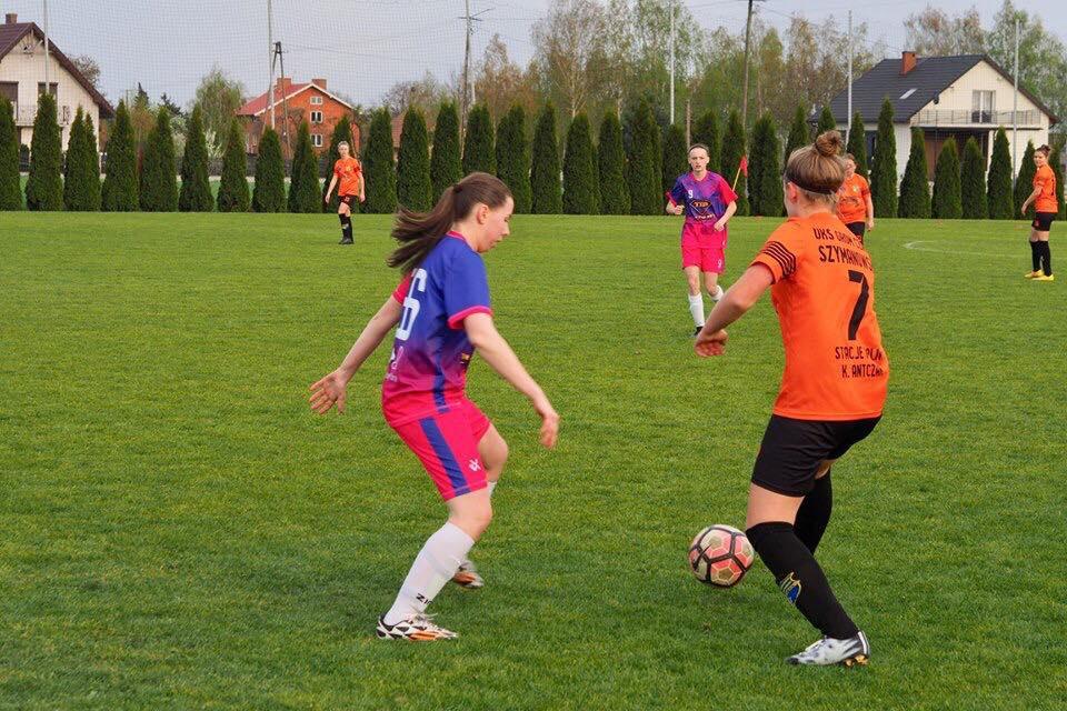 Dziewczęta z LFA pokonują Grom Czacz 4:0 i zostają liderem rozgrywek Wielkopolski