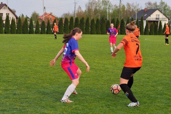 Kawęczyn: Dziewczęta z LFA pokonują Gromu Czacz 4:0 i zostają liderem...
