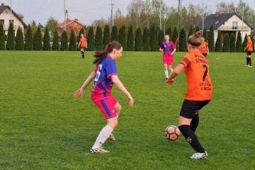 Dziewczęta z LFA pokonują Grom Czacz 4:0 i...
