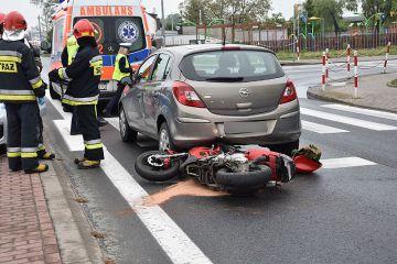 Nieuwaga motorowerzysty skutkowała wypadkiem