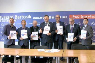 Wideo: PIS podsumowało dobry wyniki w wyborach...