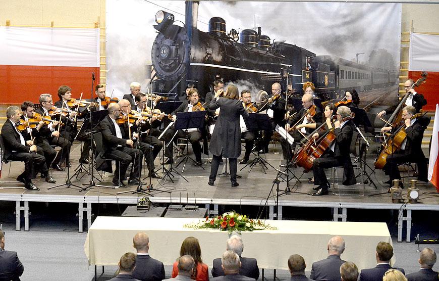 Uroczysta sesja, występ szkoły muzycznej oraz koncert Wolności - a to wszystko na 30. rocznicę - foto: Michał Sidorowicz