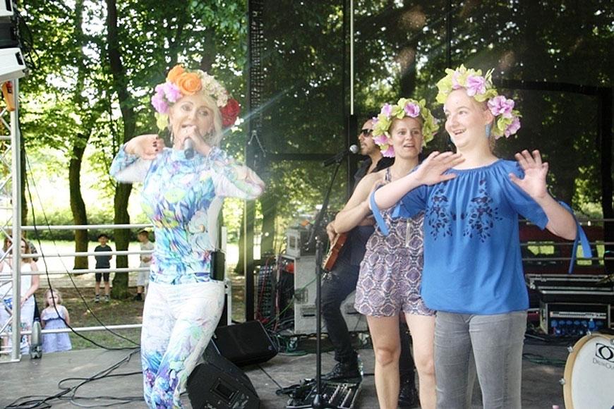Koncerty, dmuchańce i pokazy strażackie czyli Dzień Dziecka w Kolnicy - foto: OK Wozownia