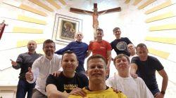 : W cztery dni pokonają 280 km. Biegowa pielgrzymka do św. Jakuba dla...