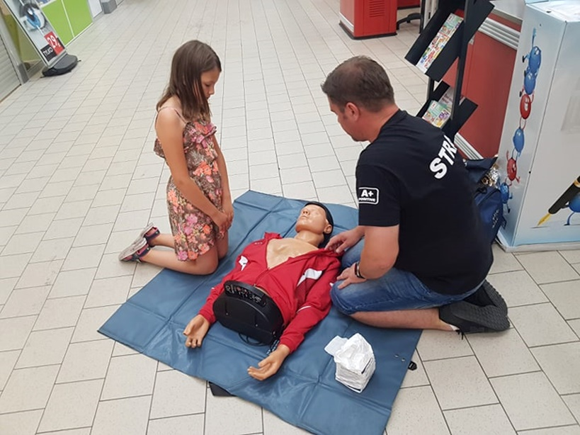 Wiedzą jak uratować życie - szkolenie i pokazy z zakresu pierwszej pomocy w Turku