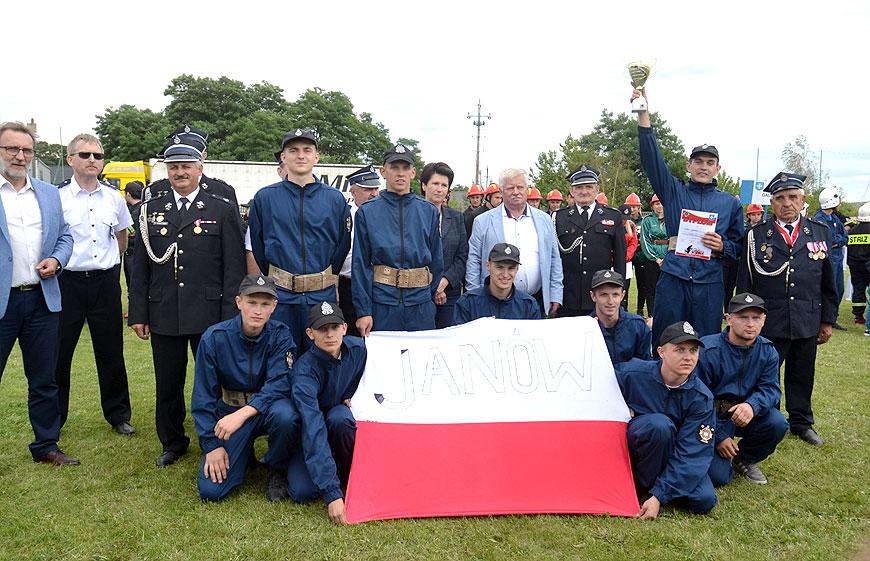 Janów obronił tytuł najlepszej drużyny strażackiej w gminie Brudzew. Gospodarze zawodów OSP Galew na podium! - foto: MS