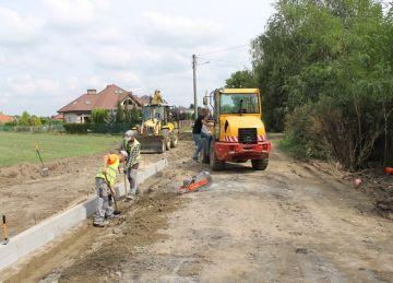 Wyczekiwana budowa ulicy Leśnej trwa w najlepsze