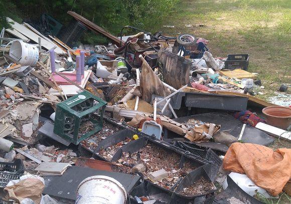 Dobra: Sprawca ujęty - śmieci posprzątane
