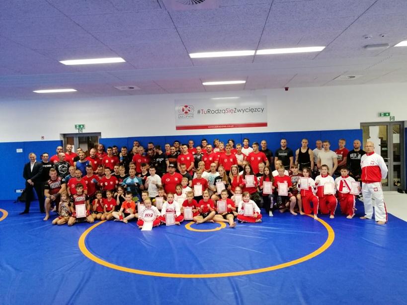 Zawodnicy sekcji Kickboxingu z klubu Striker w Turku na obozie szkoleniowym w Zakopanem