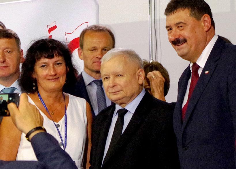 Członkowie PIS z Turku na konwencji w Koninie z udziałem Jarosława Kaczyńskiego
