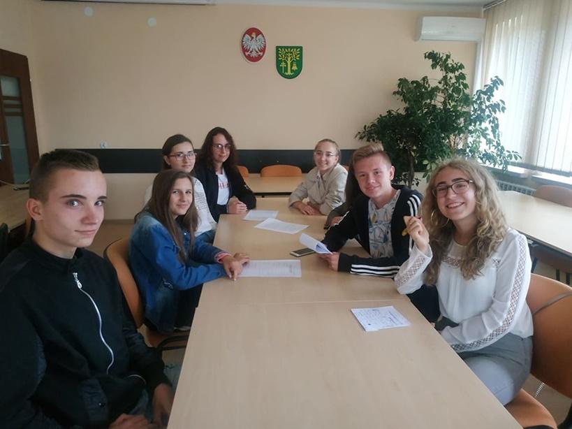 Młodzieżowa Rada Gminy Malanów wraca do pracy po wakacjach - źródło: Młodzieżowa Rada Gminy Malanów