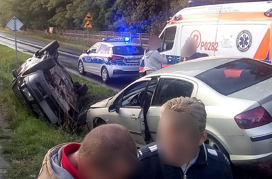 Dwa wypadki po burzy w gminie Władysławów. Zdarzenia w Chylinie i w Russocicach. - Wypadek w Chylinie / zdjęcie nadesłane przez Czytelnika
