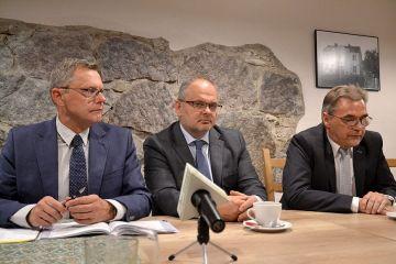 Wideo: Koalicja Obywatelska o aferach PiS,...