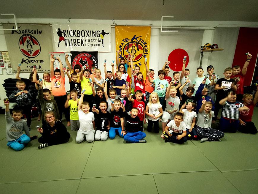Nocne szkolenie samurajów w Klubie Sportów i Sztuk Walk