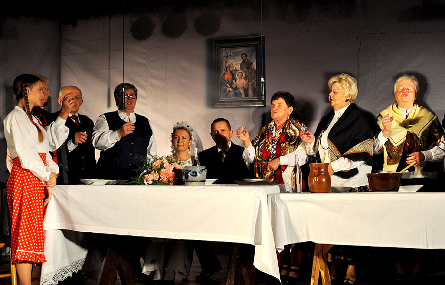 Gm. Malanów: Marysia i Franek już po ślubie czyli wesel dawnych czar - foto: CKiBP w Malanowie
