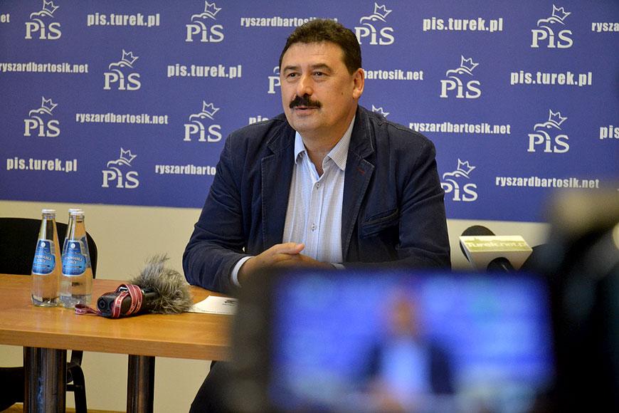 Wideo: Poseł Bartosik dziękuje za głosy i deklaruje ciężką pracę na rzecz powiatu. - foto: Michał Sidorowicz