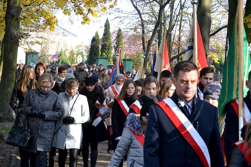 Turkowianie uczcili 101. rocznicę odzyskania niepodległości - foto: MS