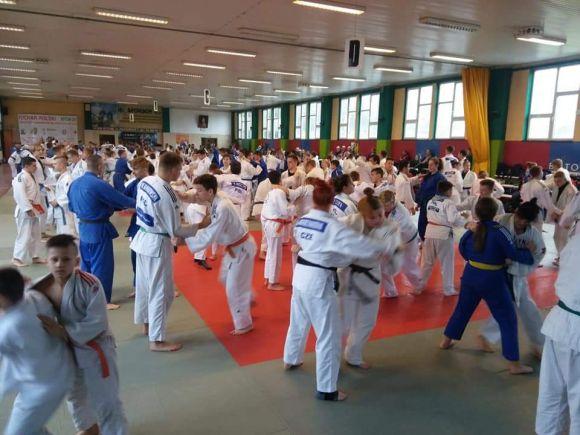 Zawodnicy UKS Judo Tuliszków na szkoleniach w...