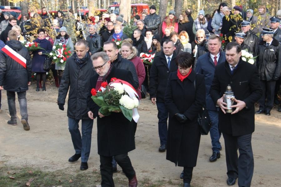 Obchody Święta Niepodległości w gminie Brudzew - foto: UG Brudzew
