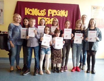 Konkurs Piosenki Polskiej w wykonaniu uczniów...