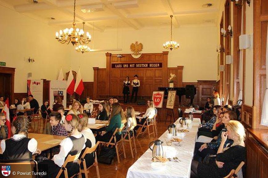 Świetna zabawa podczas Powiatowego Konkursu Języka Niemieckiego.