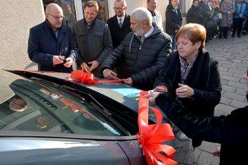 Nowy bus dla niepełnosprawnych z  Warsztatów...