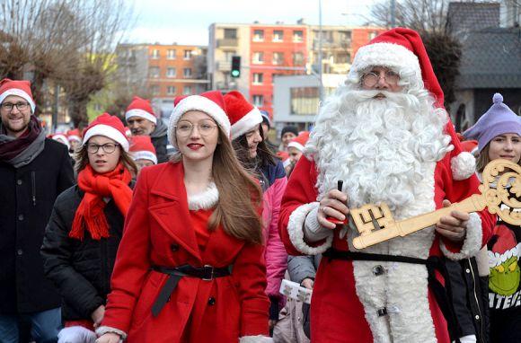 Magia Świąt: Korowód zwieńczył pracę Fabryki...