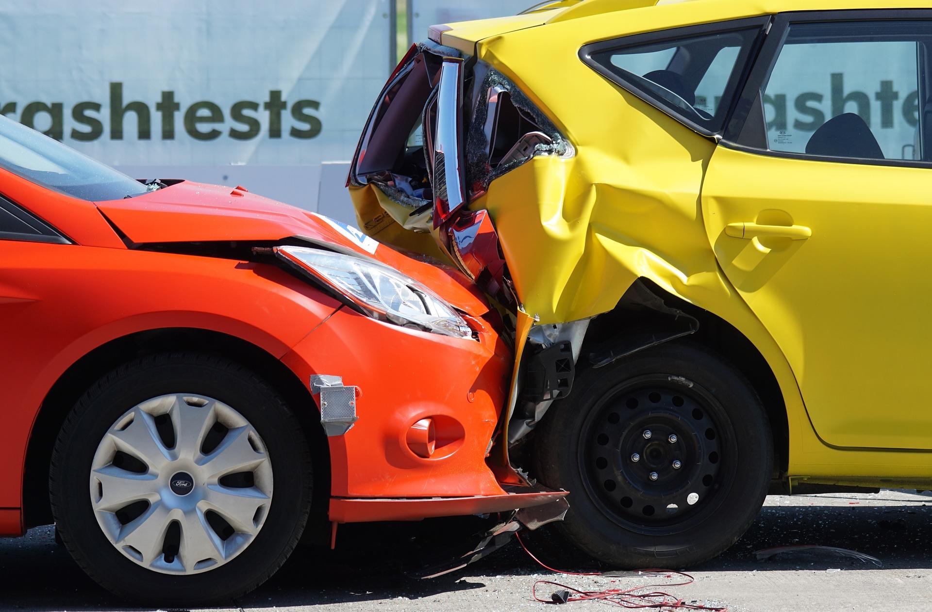 Czym jest i jak działa OC, czyli wszystko, co musisz wiedzieć o obowiązkwowym ubezpieczeniu dla kierowców