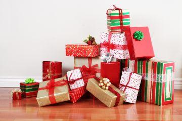 Jak wysłać świąteczną paczkę z Anglii do Polski?