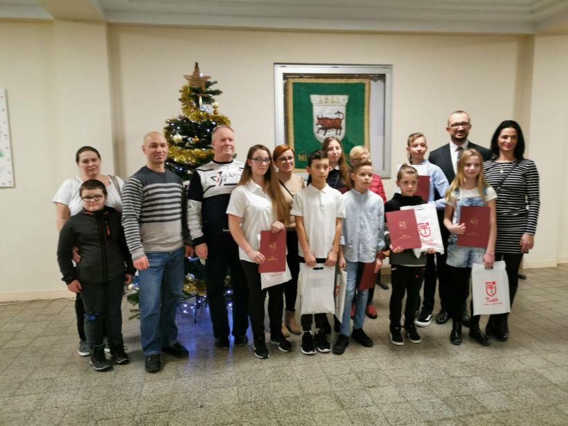 Zawodnicy Turkowskiego Klubu Karate na spotkaniu u Burmistrza