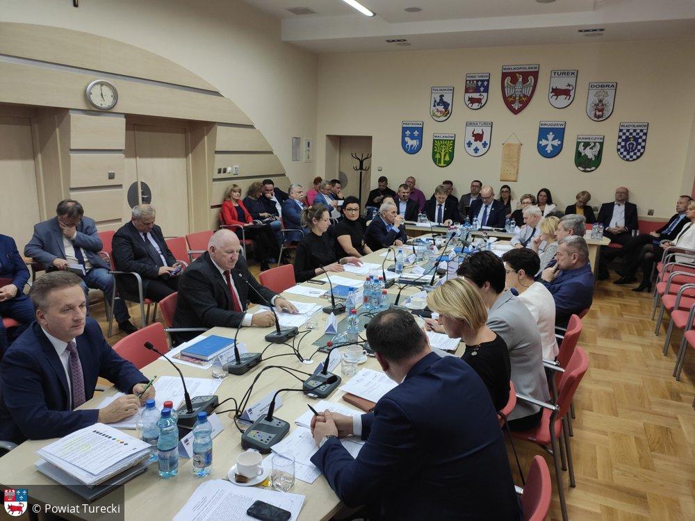 XVI Sesja Rady Powiatu Tureckiego - przyjęto budżet na 2020 rok