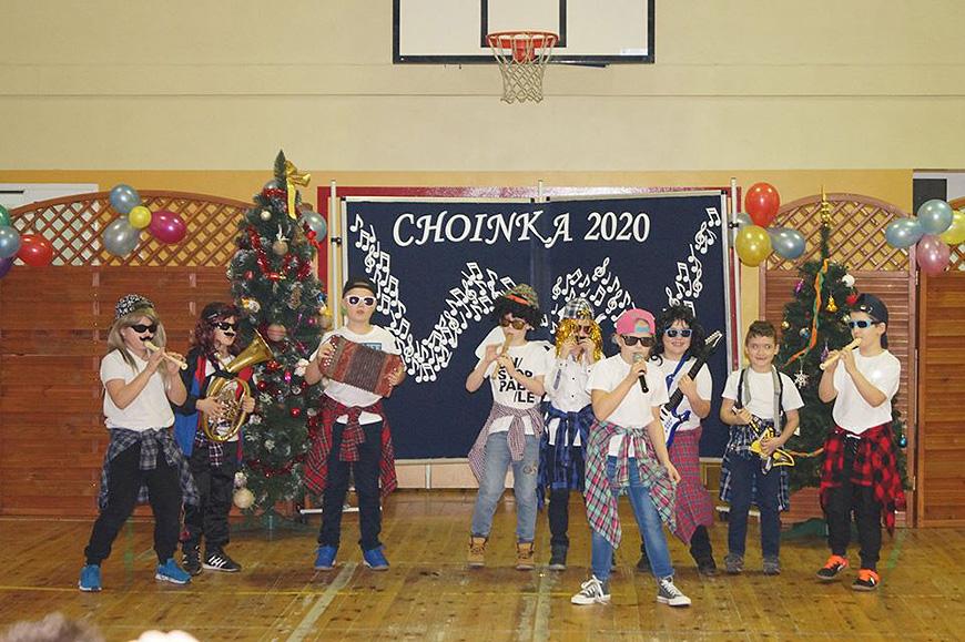 Karnawałowa zabawa w Szkole Podstawowej w Chylinie - foto: SP Chylin