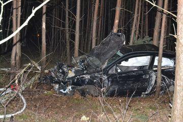 Wypadek na trasie Wrząca-Piętno. Opel Astra...