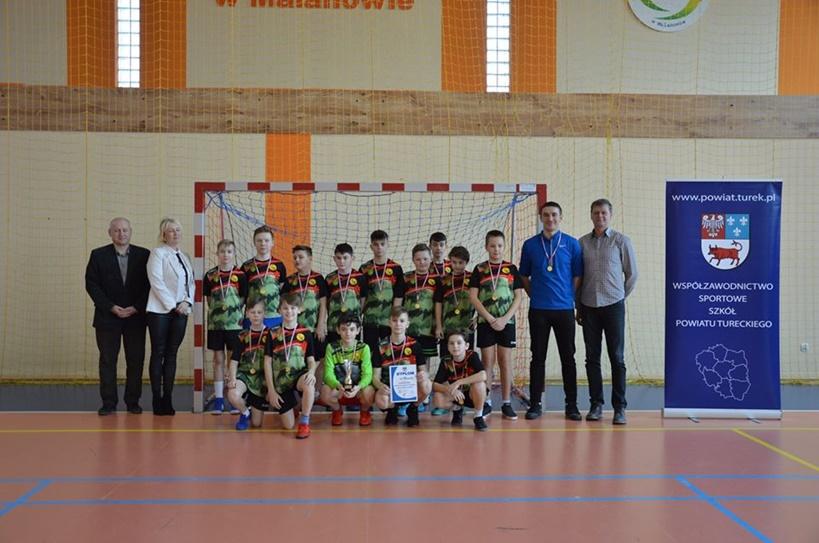 Malanów zdominował Mistrzostwa Powiatu Tureckiego w Piłce Ręcznej!  - źródło: Powiat Turecki