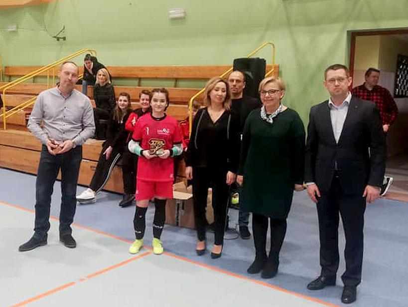 Kolejne sukcesy dziewcząt z LFA Turek. Piłkarki mistrzyniami powiatu.