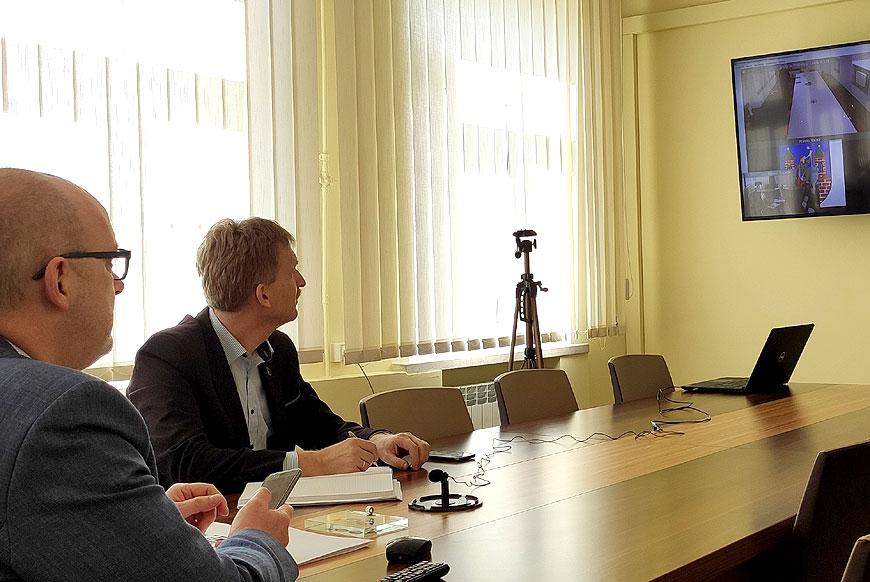 Wideokonferencja z udziałem władz powiatu i Wojewody Wielkopolskiego