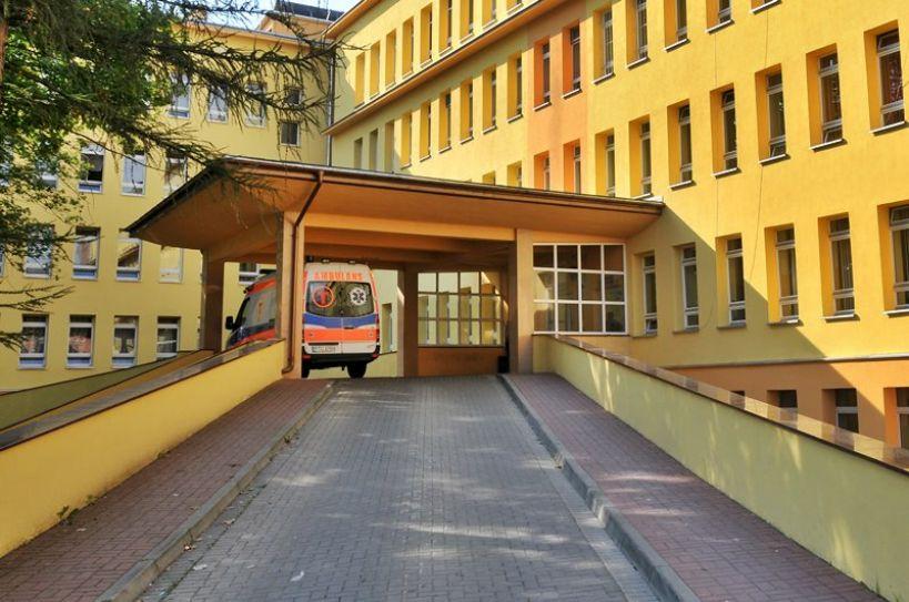 Dwóch mężczyzn z koronawirusem w turkowskim szpitalu. - fot. Archiwum Turek.net.pl