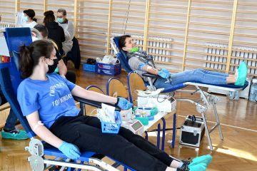 Udany pobór krwi dla chorej Mai. 94 ochotników...